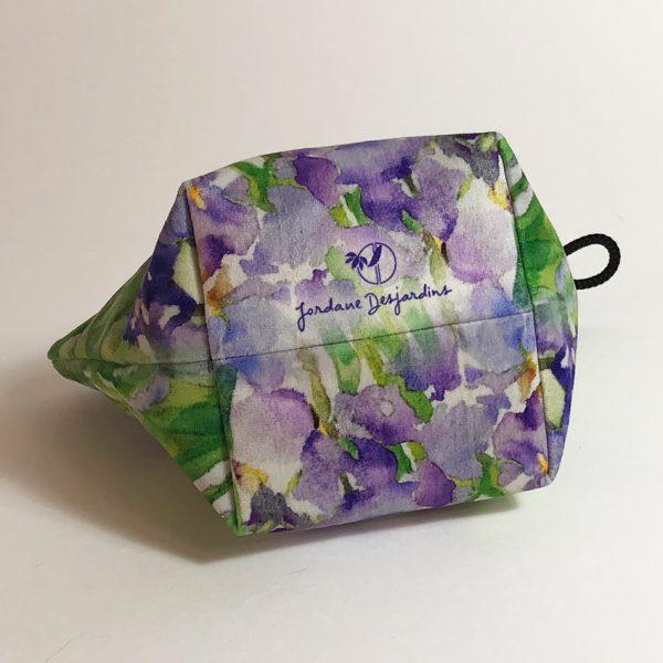 Cascade d'iris fond
