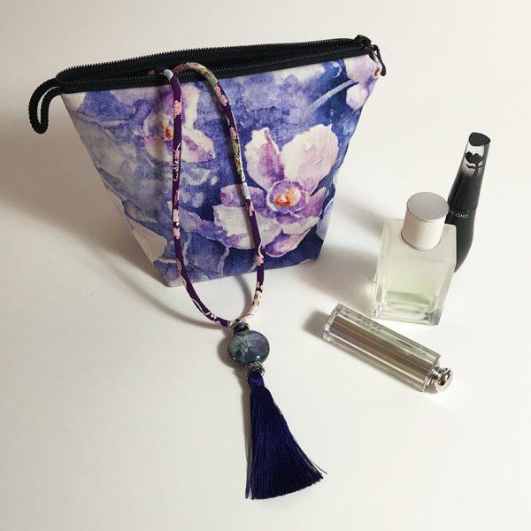 Pochette textile velours et pendentif aquarelle de Jordane Desjardins